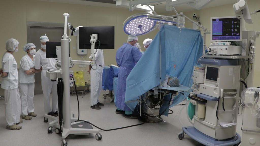 эндопротезирование колена 10.06.2021 с помощью робота, травмацентр_4 (фото МКУ ГИА Смоленска)