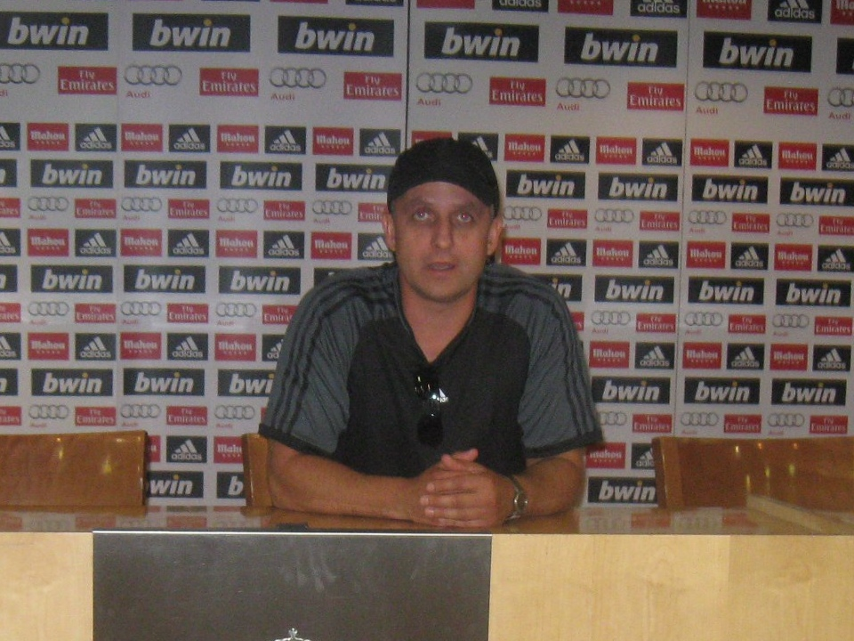 футболист и тренер Сергей Шевченко на базе ФК Реал Мадрид (фото vk.com id65750832)