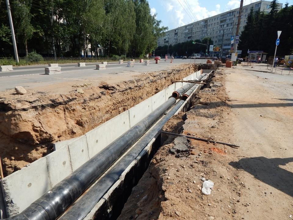 реконструкция теплосети на улице Нормандия-Неман, июнь 2021 (фото vk.com smolensk_quadra)