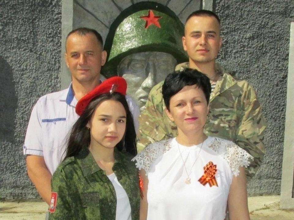 семья Дмитриевых из Новодугинского района, поисковики, отряд Вазуза (фото vk.com ostrovskylive1)