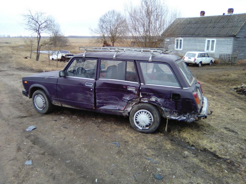 ДТП, ВАЗ 2104 (фото 67.mchs.gov.ru)
