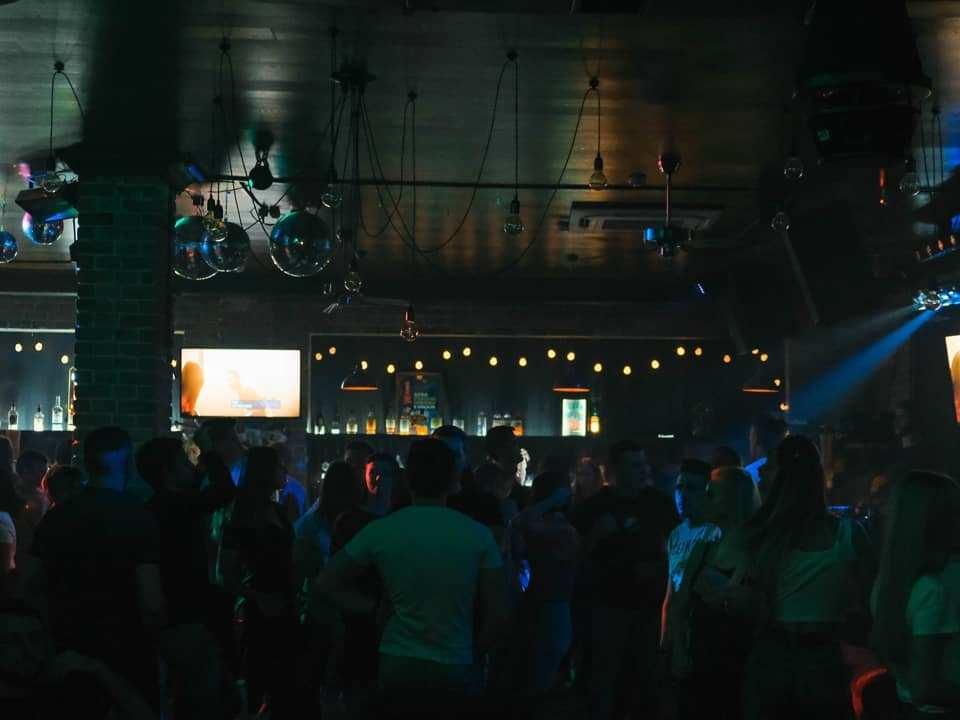 ночной клуб, кальянная, бар Мята (фото instagram.com myatasmolensk)