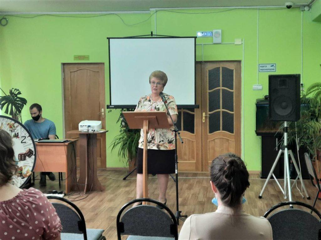 Окунева, встреча с работниками библиотек Смоленска (фото smolensk.er.ru)