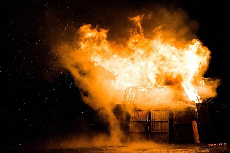 поджог огонь пожар