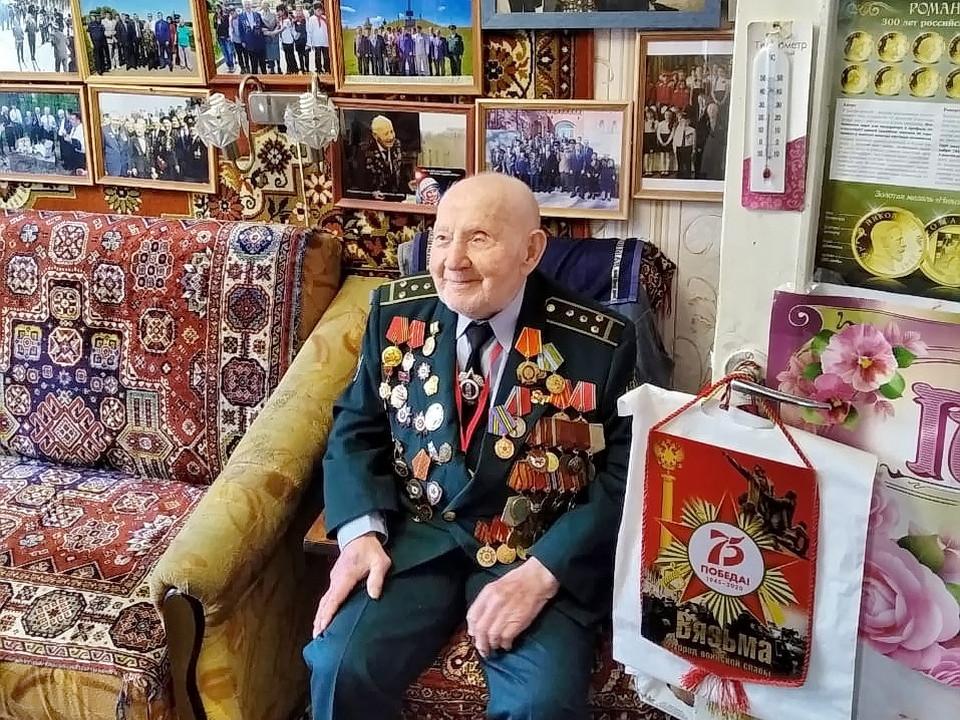 ветеран ВОВ Иван Соколов, 100 лет (фото 67.mchs.gov.ru)