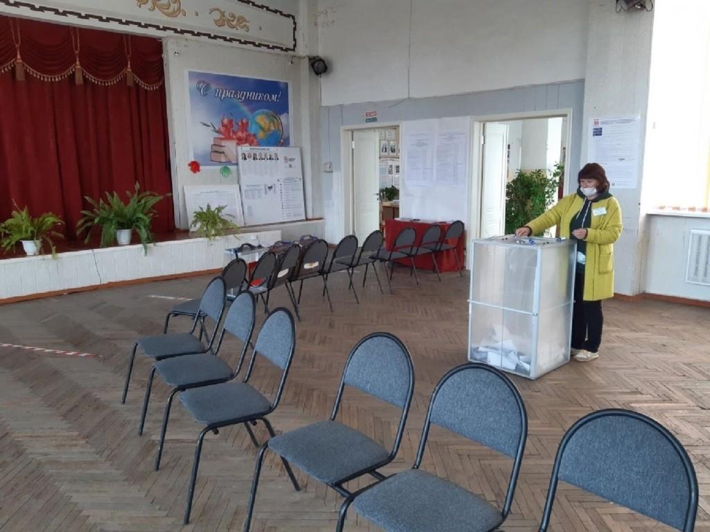 голосование, выборы в Госдуму, сентябрь 2021 (фото избиркома Смоленской области)