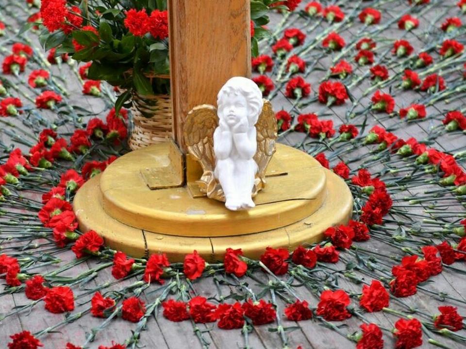 мемориал возле школы №1 Беслана