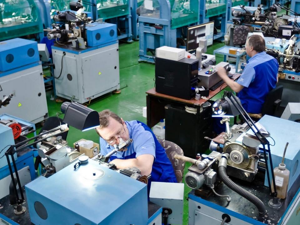 ограночный цех Кристалла (фото admin-smolensk.ru)