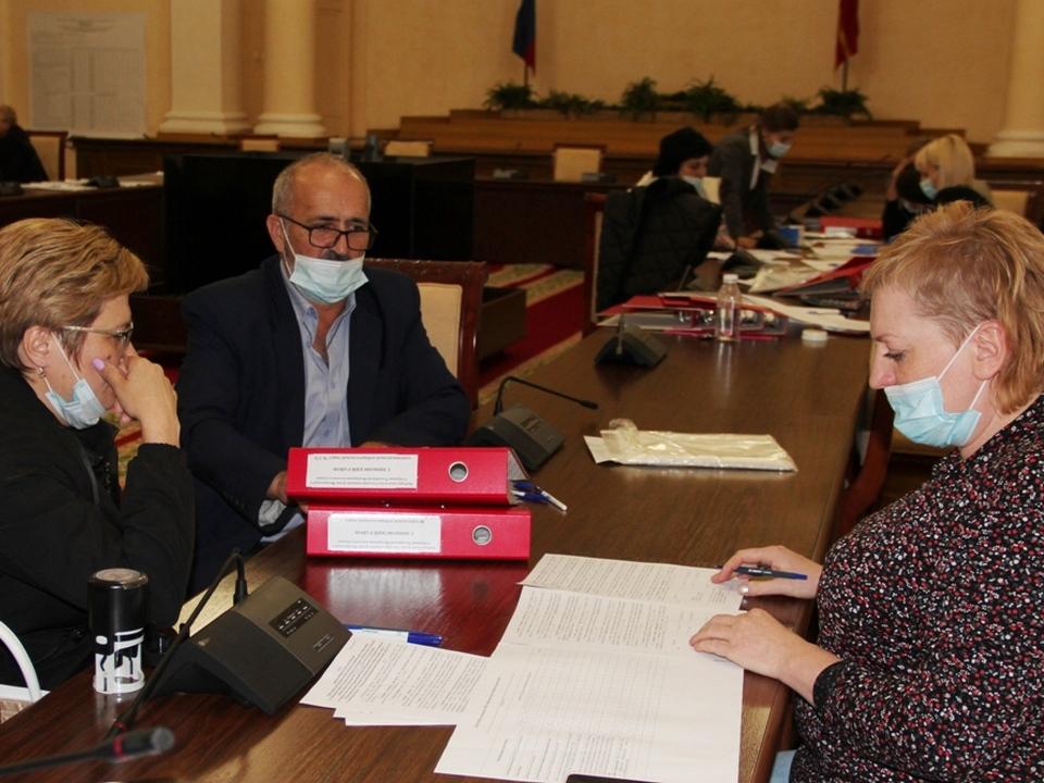 приём протоколов территориальных избирательных комиссий об итогах голосования в смоленский облизбирком (фото smolensk.izbirkom.ru)
