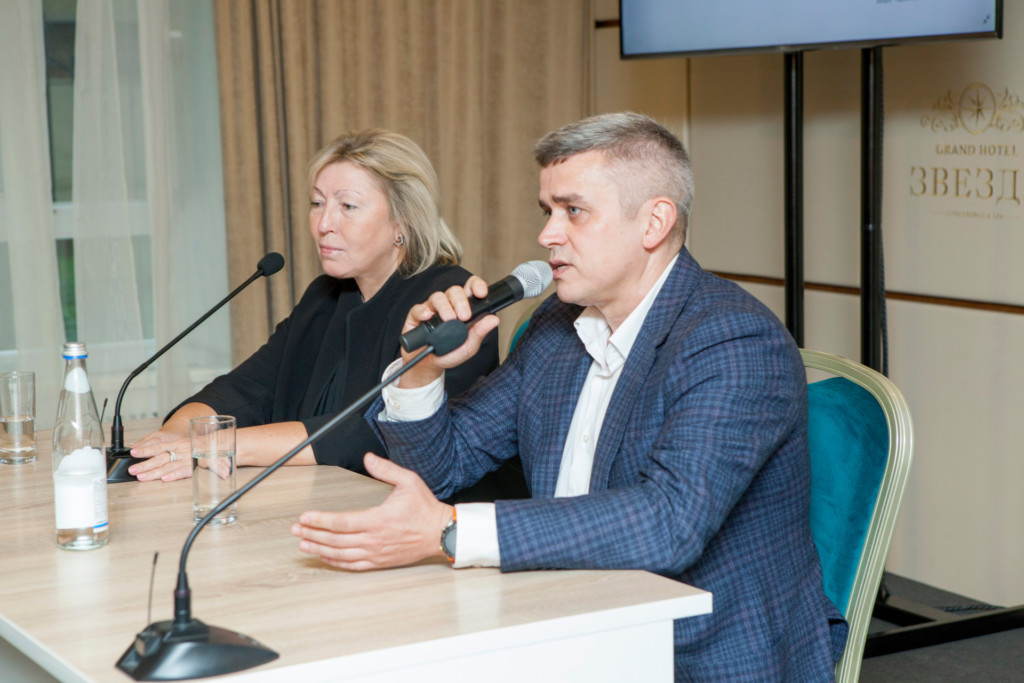 Вера Кузнецова, Денис Лысов, Ростелеком Центр, пресс-конференция 9.10.2021 в Твери